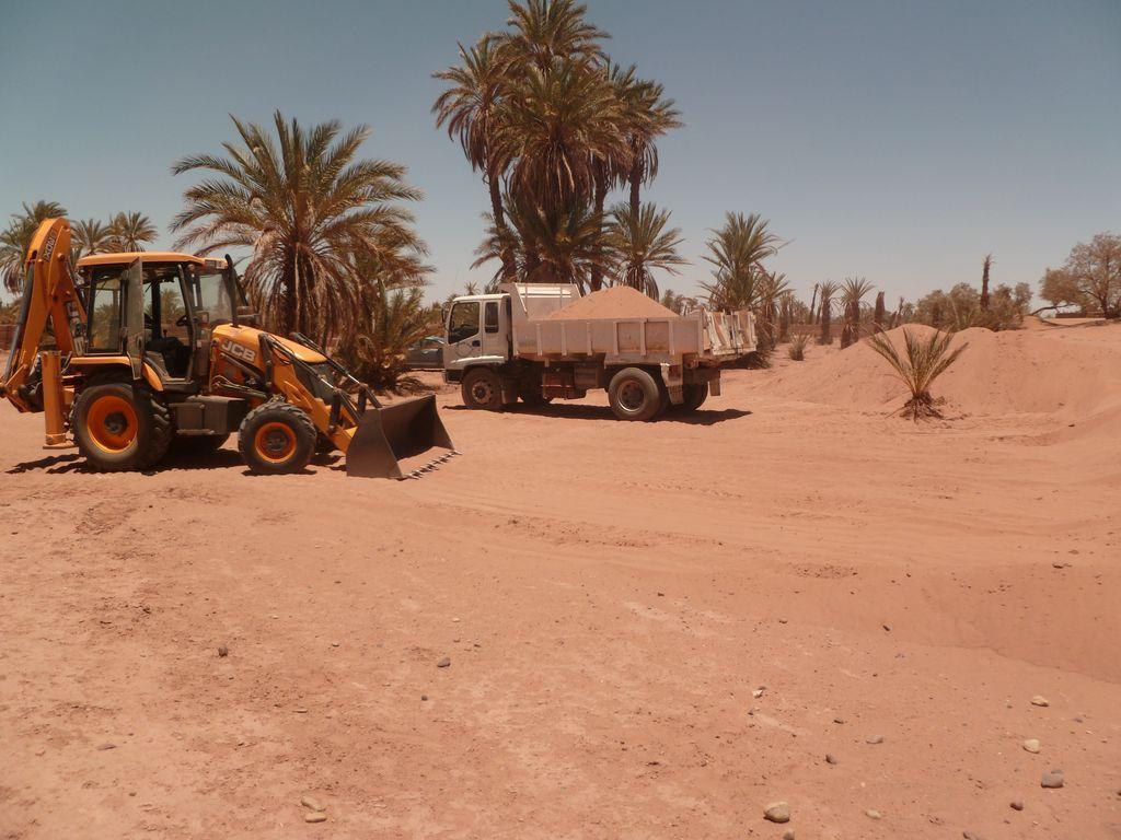 [Maroc Camp/Dernières nouvelles] Mon nouveau camping à Mhamid - Page 3 P1010705